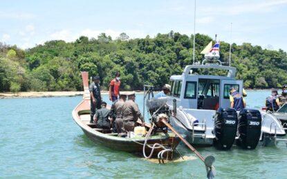 จเรตำรวจแห่งชาติ และคณะตรวจเยี่ยมฐาน ตชด.เกาะตาครุฑ และที่ตำรวจภูธรจังหวัดระนอง มอบสิ่งของบำรุงขวัญในการปฎิบัติหน้าที่ป้องกันโควิด-19