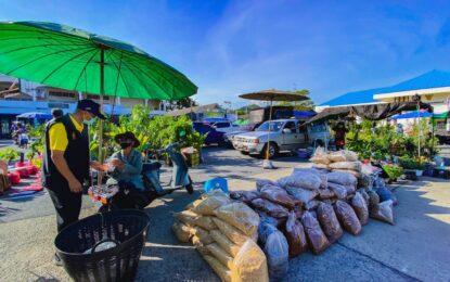 """อำเภอพระพุทธบาท จังหวัดสระบุรี ขับเคลื่อน """"ตลาดสินค้าเกษตร"""""""