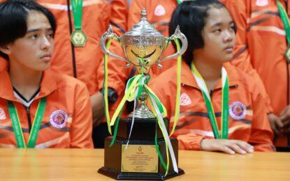 ทีมวอลเลย์บอลโรงเรียนส่องแสงวิทยาคว้ารางวัลชนะเลิศ พร้อมถ้วยเกียรติยศ รายการแข่งขันกีฬาระหว่างโรงเรียนกรมพลศึกษา กระทรวงการท่องเที่ยวและกีฬา