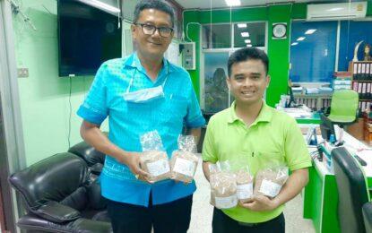 อำเภอชัยบุรี ส่งเสริมประชาชนในพื้นที่ร่วมอนุรักษ์ข้าวไทยและสืบสานประเพณีทำขวัญข้าว