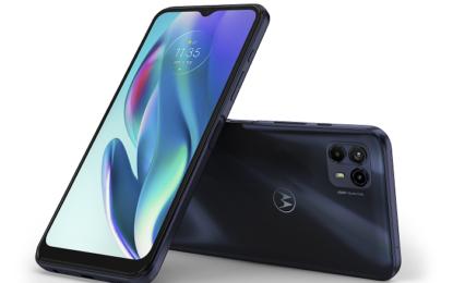 เปิดนิยามใหม่แห่งประสบการณ์การใช้งาน edge และ 5G กับสมาร์ทโฟนโมโตโรล่ารุ่นใหม่ล่าสุด •เพิ่มขีดความสามารถให้การใช้งานสมาร์ทโฟนมีระสิทธิภาพยิ่งกว่าเดิมด้วย Motorola Edge 20 Series •แบนด์วิดท์มากขึ้น รับส่งข้อมูลเร็วขึ้น ตอบสนองทุกการกดได้ทันใจ ด้วยสมาร์ทโฟนที่มาพร้อมสัญญาณ 5G รุ่นใหม่ moto g50 5G