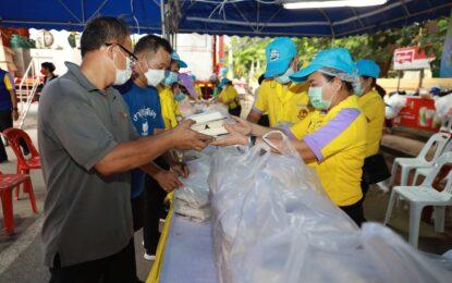 จังหวัดขอนแก่นจัดตั้ง โรงครัวพระราชทานบริการประชาชนที่ได้รับผลกระทบจากอุกภัย
