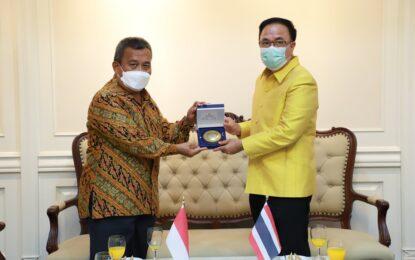 กงสุลใหญ่อินโดนีเซีย ณ จังหวัดสงขลา เข้าคารวะรองผู้ว่าราชการจังหวัดสงขลา เนื่องในโอกาสอำลาตำแหน่ง